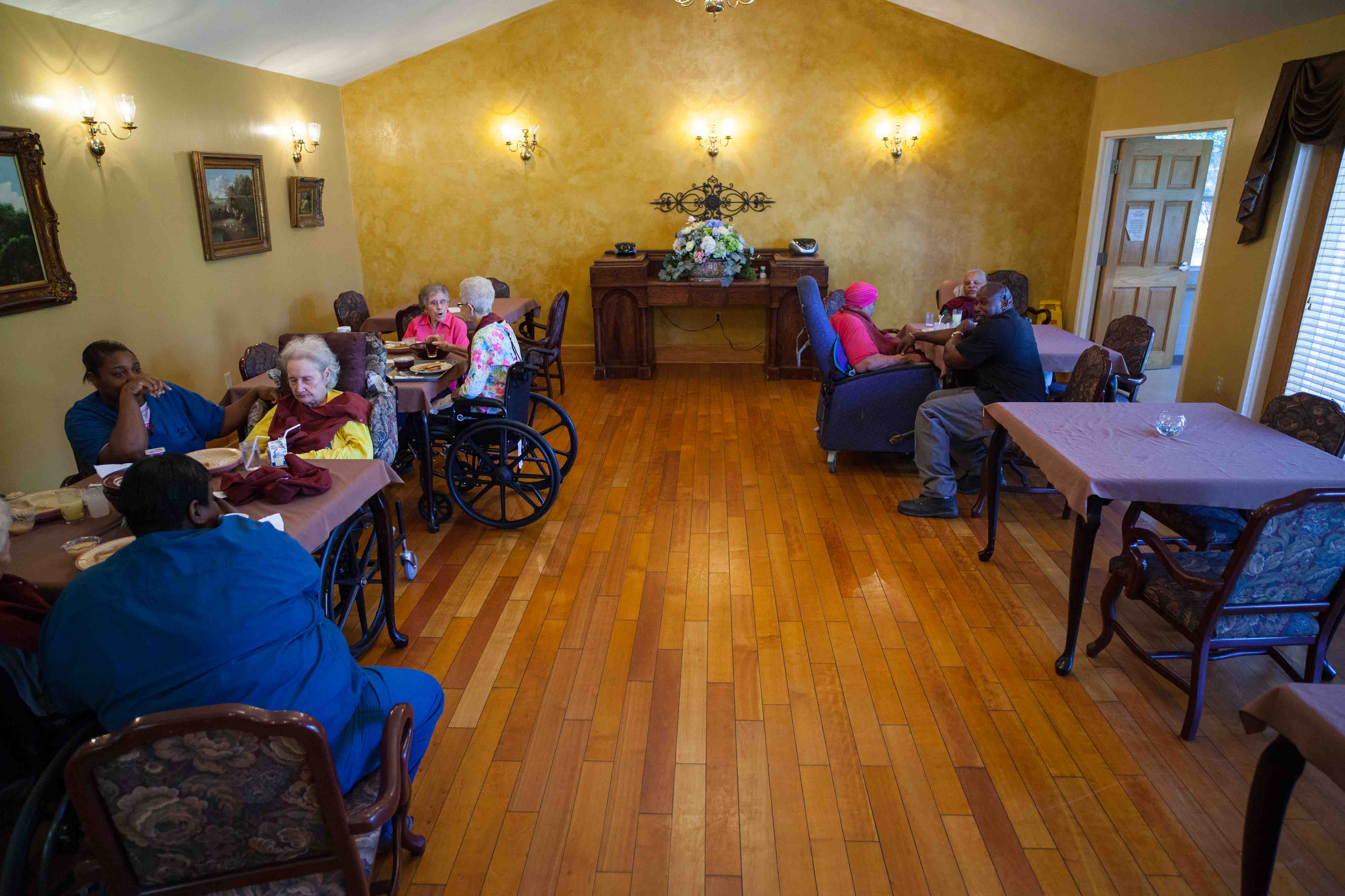 Lakeview-Manor-Nursing-Home-New-Roads-25